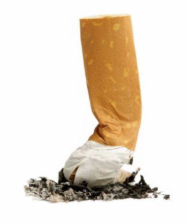 dejar-de-fumar-cigarrillo-apagado