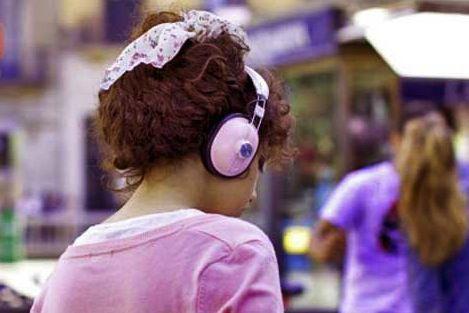 Aumenta-el-riesgo-en-jovenes-de-sufrir-sordera