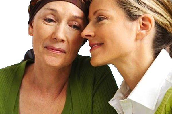 Cómo brindar apoyo a un ser querido con cáncer