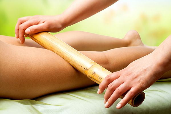 masaje con bambu