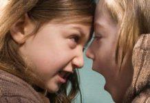 niños-agresivos-peleas-entre-hermanos